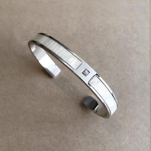 collection femme bracelet argent manchette saphir blanc nacre blanche découpe laser