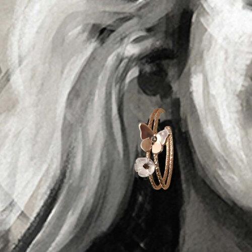 collection femme boucles d'oreilles vermeil portees papillons et fleur quartz rose