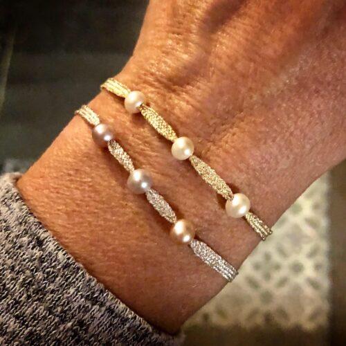 bracelet collection femme ruban soie brodé fil d'argent perles d'eau douce bracelet ajustable