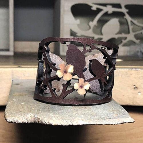 manchette ombre chinoise cuir marron fleurs vermeil rose collection ephemere